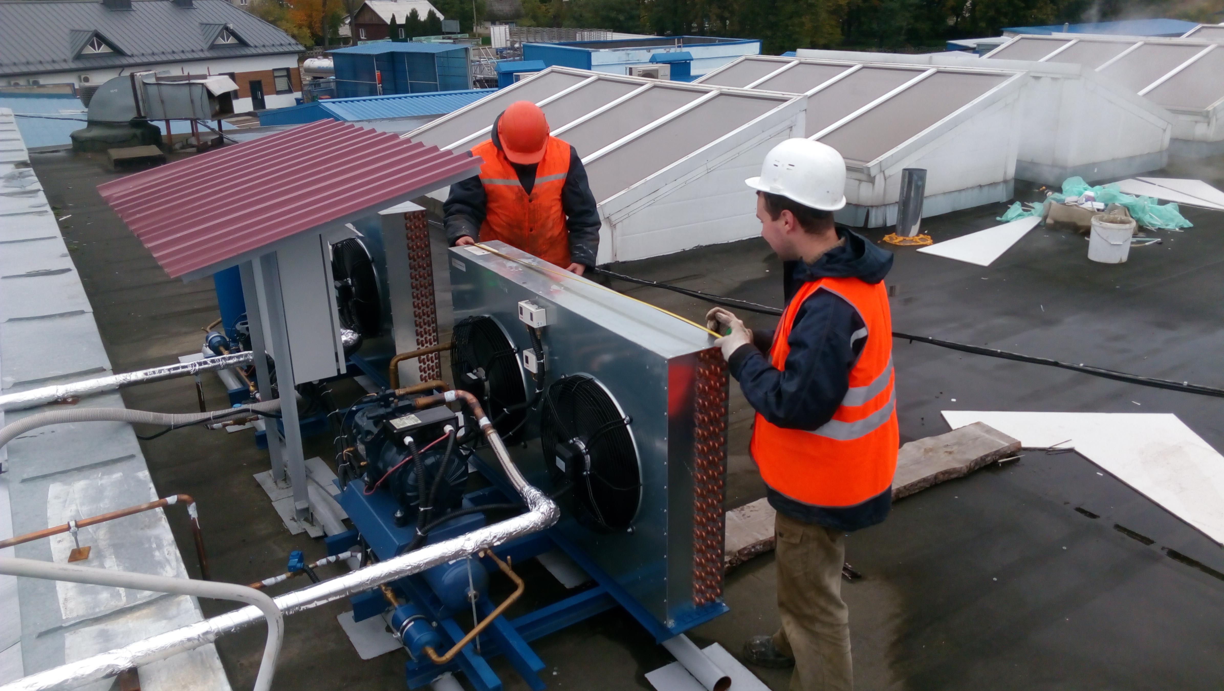 Монтаж компрессорно-конденсаторного блока для СОАО «Беловежские сыры» в г. Высокое - фото